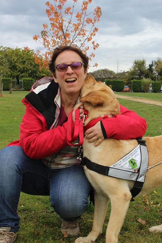 Anita et son chien guide Jubel